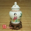chinese-tea-(tea-art-and-tea-ceremony)-1980s-jingdezhen-banana-beauty-porcelain-tea-canister-2